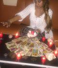 Tămăduitoarea Lucia este cea mai bună în magie neagră
