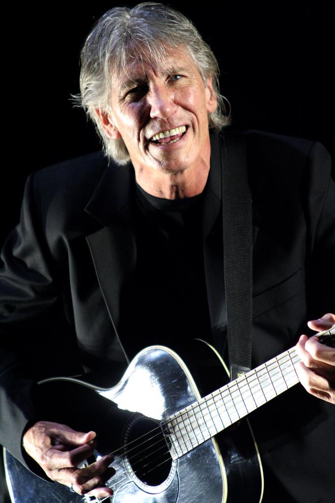 Roger Waters în concert, Morumbi Stadium, São Paulo, Brazil, în martie 2007. Foto de Daigo Oliva, Flickr, sursă Wikipedia.