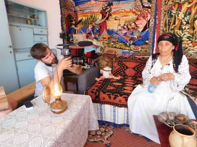 Vrajitoarea Brățara interviu