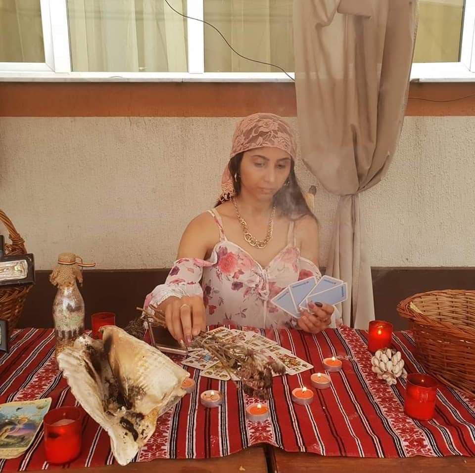 vrajitoarea Fatima din Istanbul 1