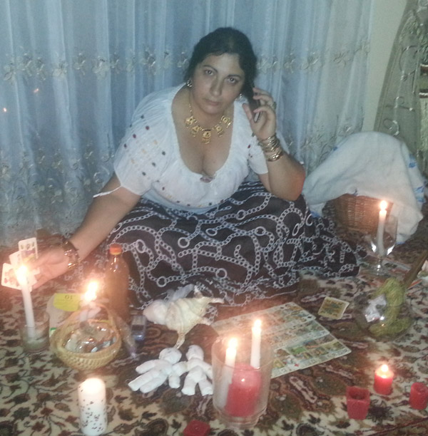 Vrăjitoarea Florica de magie neagră