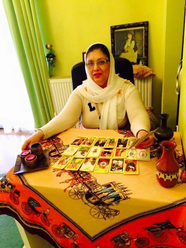 Mulţumiri din Europa pentru vrăjitoarea Rodica Gheorghe