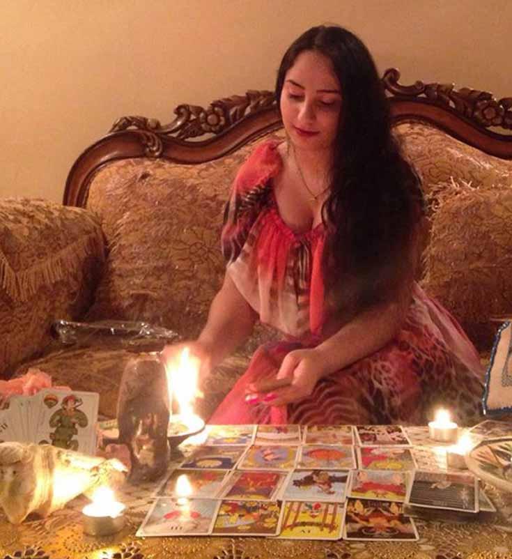 Vrăjitoarea Cristina vă așteaptă cu ritualuri celtice de sărbători