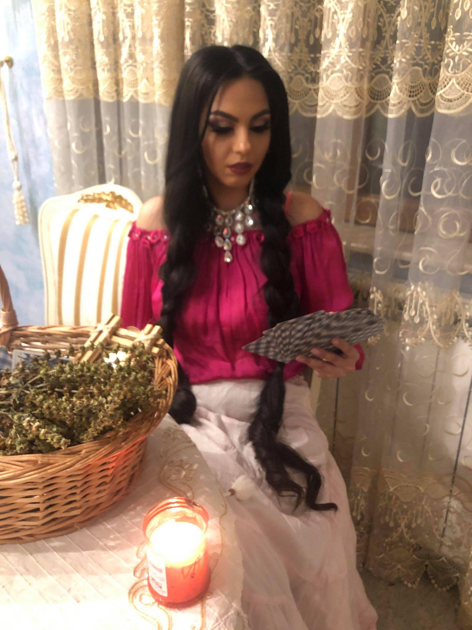 Vrăjitoarea Ana Maria