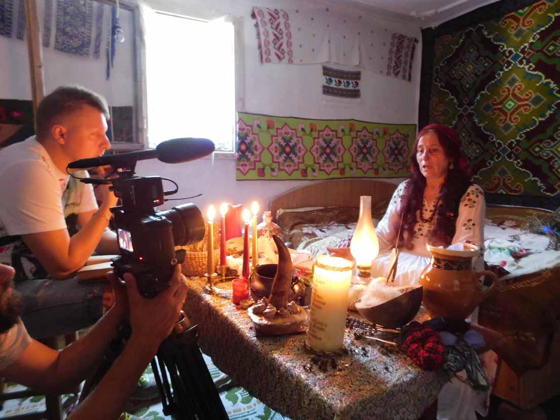 Vrăjitoarea Elena Minodora a fost intervievată și de tv Moscova după CNN